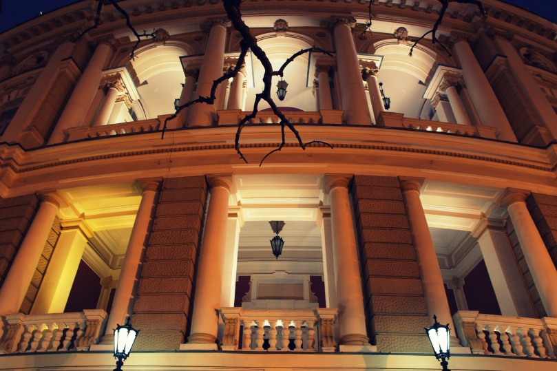 theatre_2_by_anastasiias-d4rsi5z